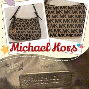 100%Authentic Michael Kors shoulder shoulder bag